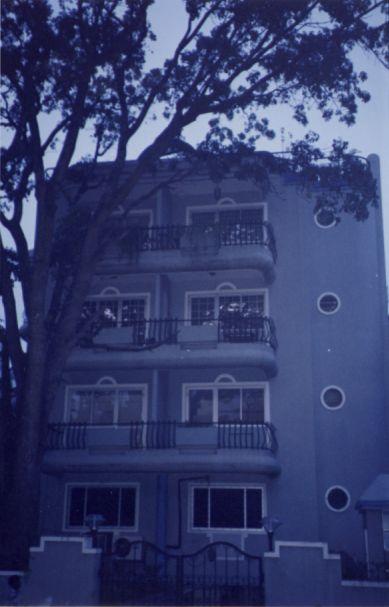 Notre immeuble à Nandidurg Road